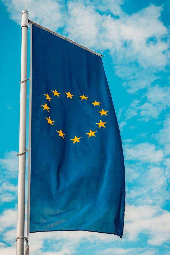 L'Europe entre surprise et recherche de soutien