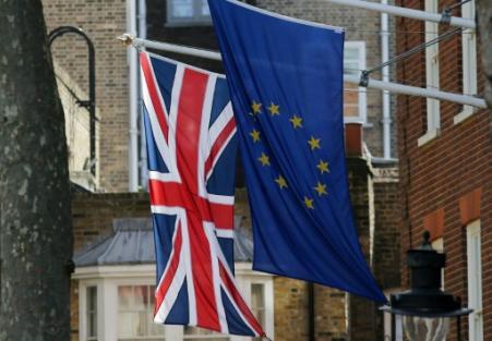 Depuis des mois, les milieux d'affaires britanniques pressaient les autorités de conclure au plus vite la première phase des négociations avec l'UE (Photo Daniel LEAL-OLIVAS. AFP)