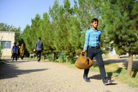 Un Afghan de retour d'Iran arrive à Herat (ouest) Plus de 440.000 Afghans sont rentrés d'Iran les sept premiers mois de l'année (Photo HOSHANG HASHIMI. AFP)