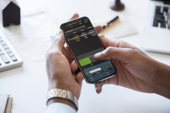 Semi-conducteurs, pandémie : la guerre des smartphones se poursuit